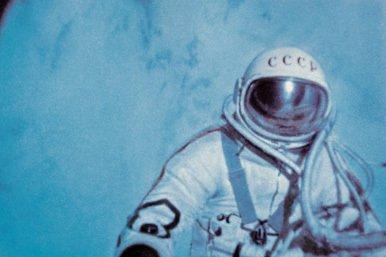 La primera caminata espacial